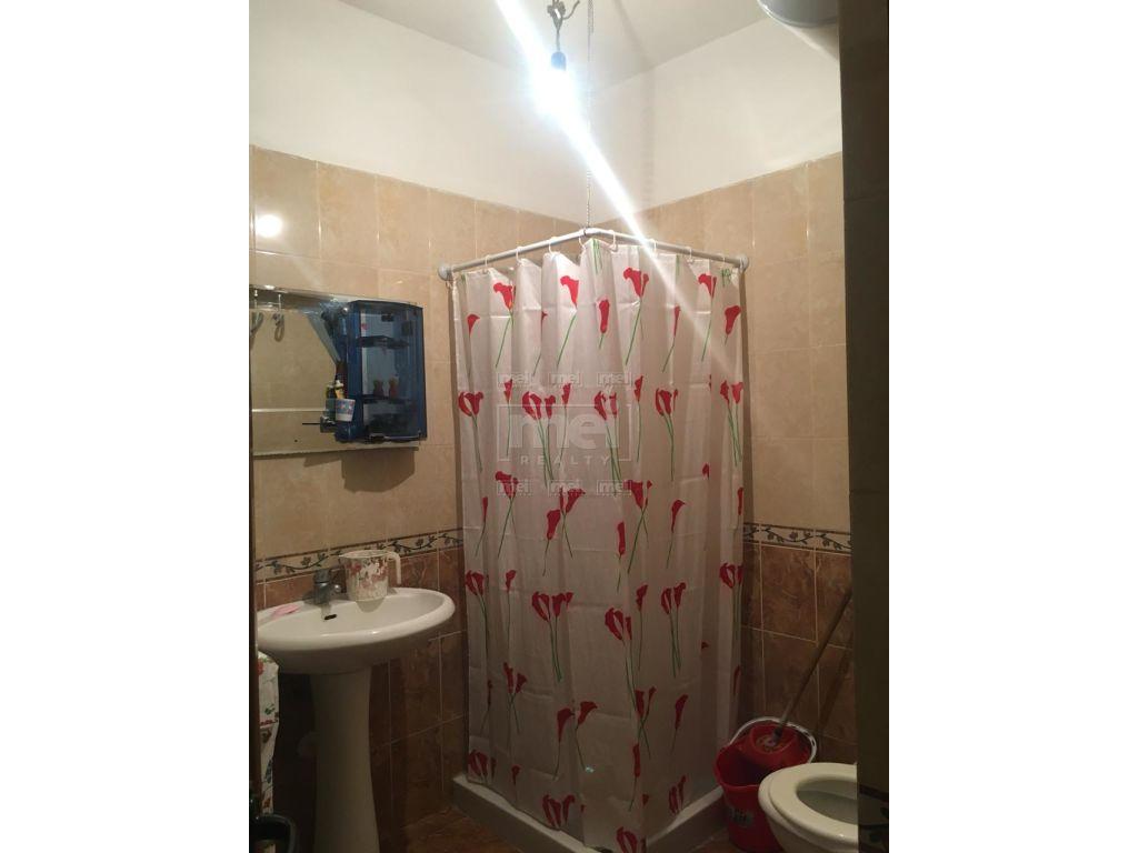 Shitet Apartament 2+1 ne Yzberish. 9