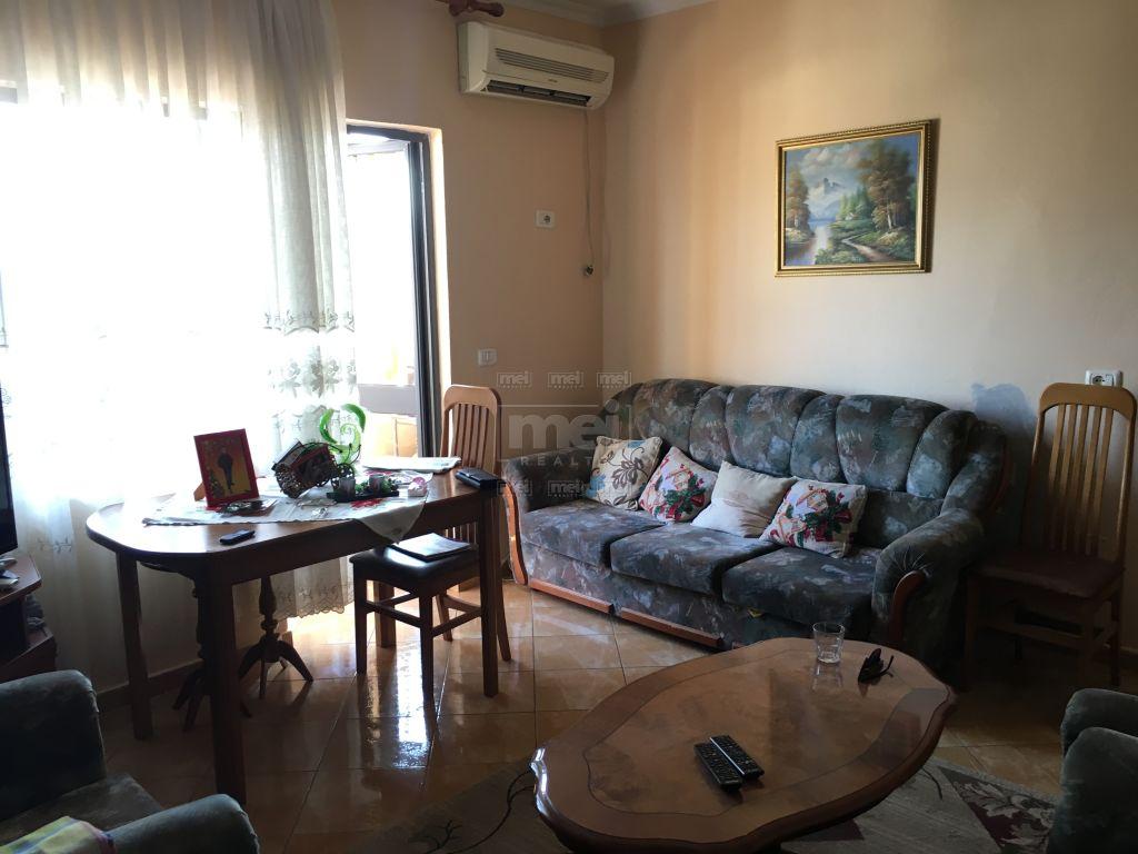 Shitet Apartament 2+1 ne Don Bosko, Rr : Albanopoli.