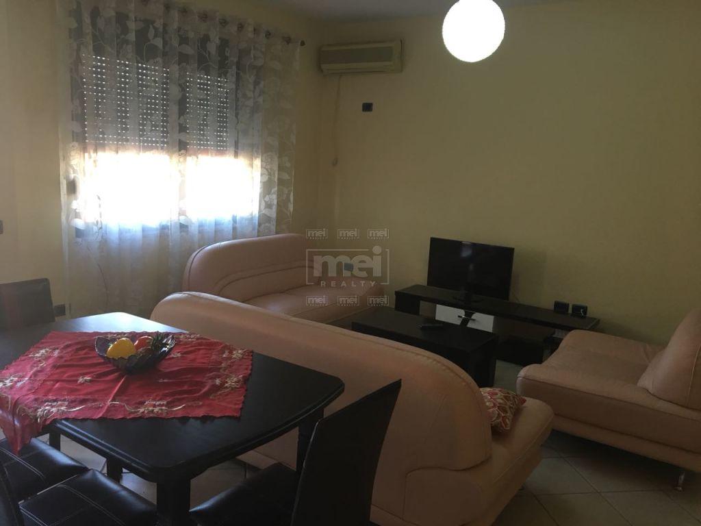 Jepet Me Qira Apartament 2+1+ Garazh Tek 9Kateshet.