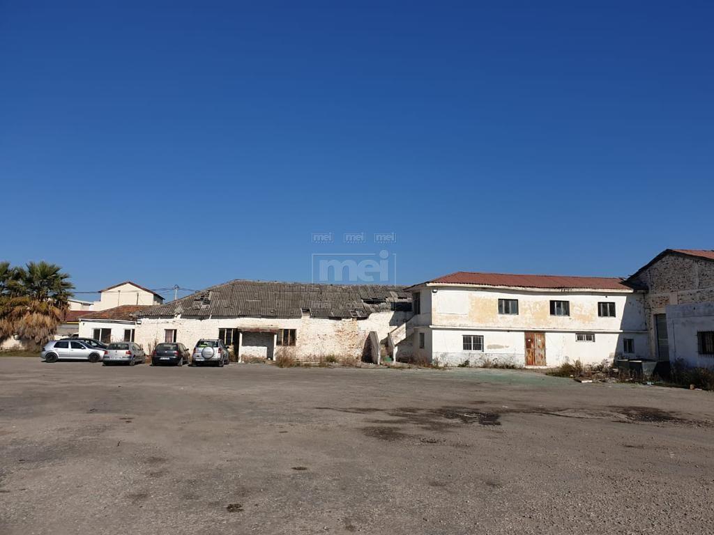 NE SHKOZET- DURRES SHITET 4100 m2 TRUALL ME 1350 m2 MAGAZINA: