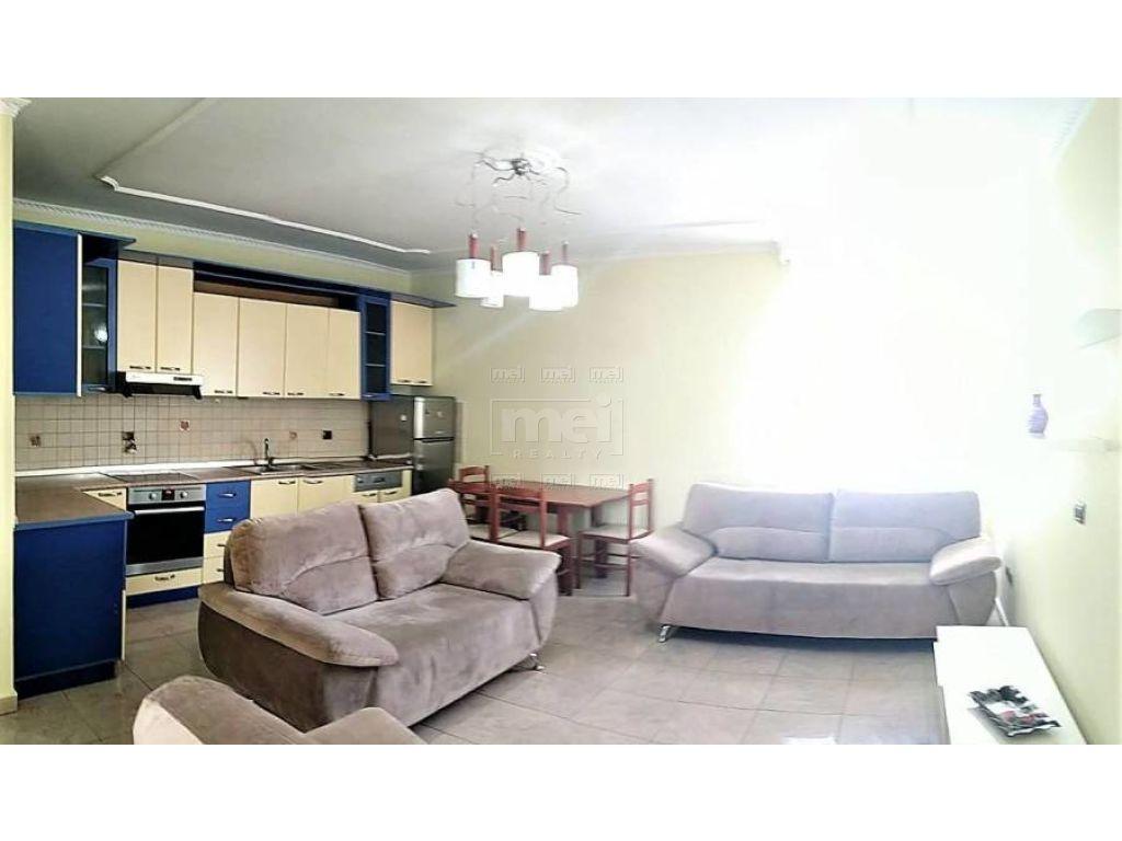 Bllok, Rr. Sami Frasheri, Jepet me Qira Apartament 2+1