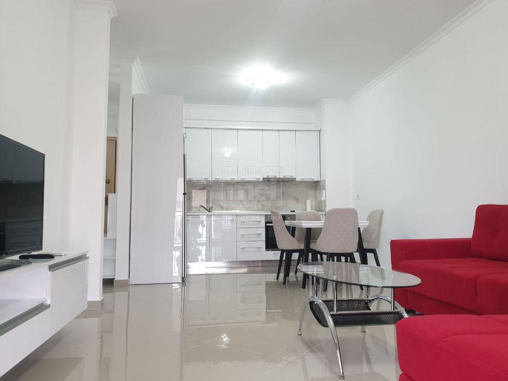 Te GREEN CITY Jepet Me  Qira Apartament  Super i Mobiluar