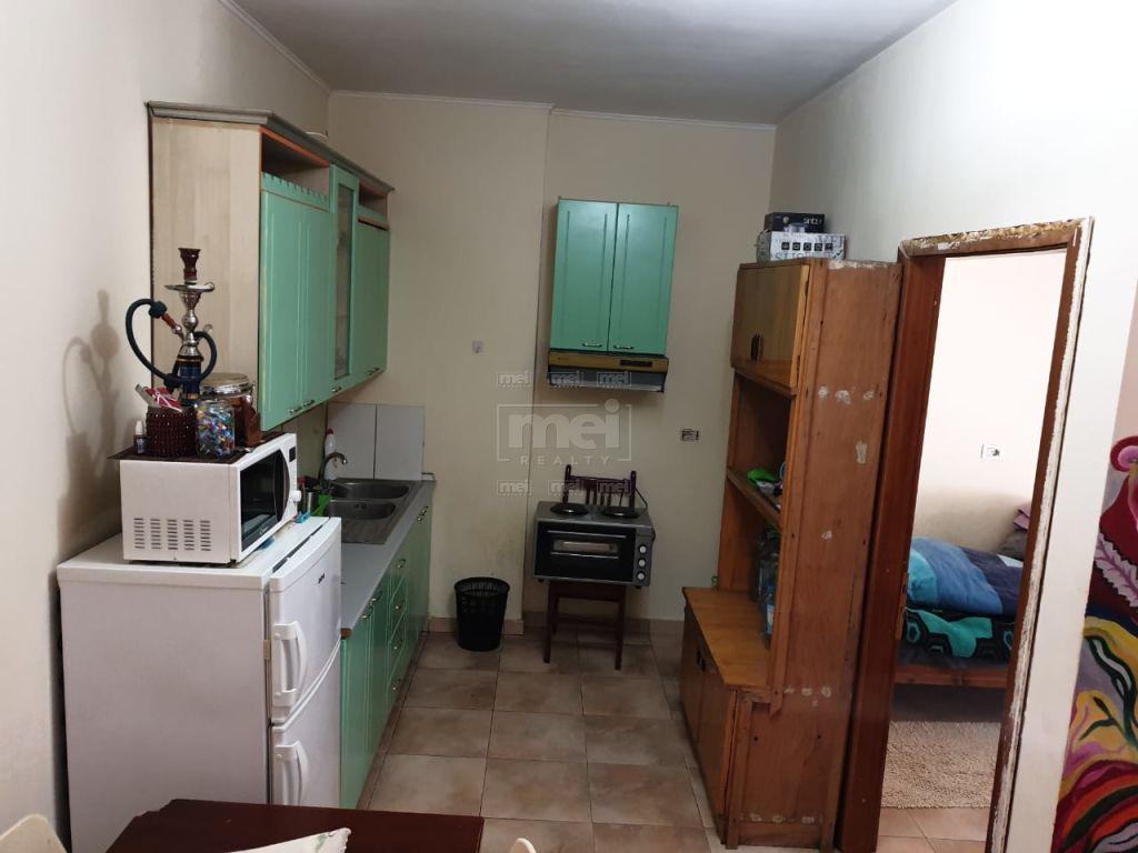Te Casa Italia Shitet Apartamenti 1+1 I Mobiluar