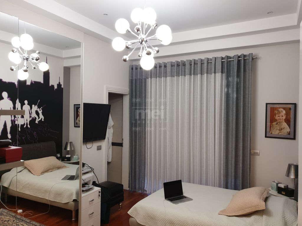 TE LIQENI ARTIFICIAL SHITET  SUPER APARTAMENTI TOTALISHT I MOBILUAR LUXURY 10