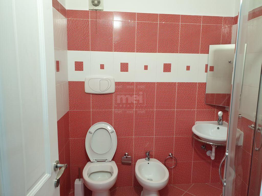 Te Kopshti Zoologjik Shitet Super Apartament i Mobiluar 2+1+2 tualete 4