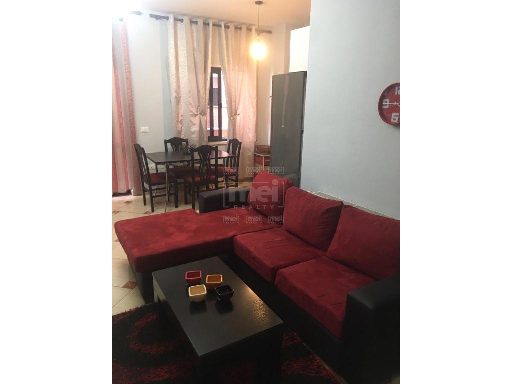 Jepet Me Qira Super Apartament 3+1+2 I Mobiluar, Tek Galeria.