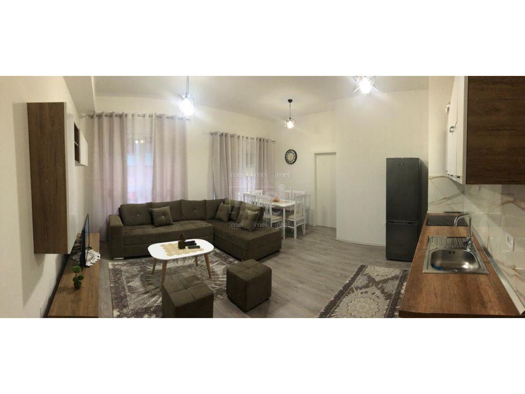 Jepet Me Qira Super Apartament 1+ 1 I Mobiluar ,Tek Kompleksi Mangalem 21.