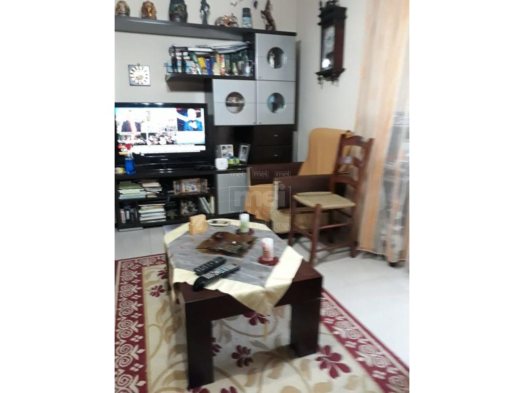 Shitet Apartament 2+1, Prane Ministrise Se Jashtme.