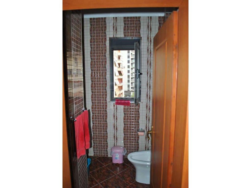 Shitet Apartament 1+1 Ne Don Bosko.