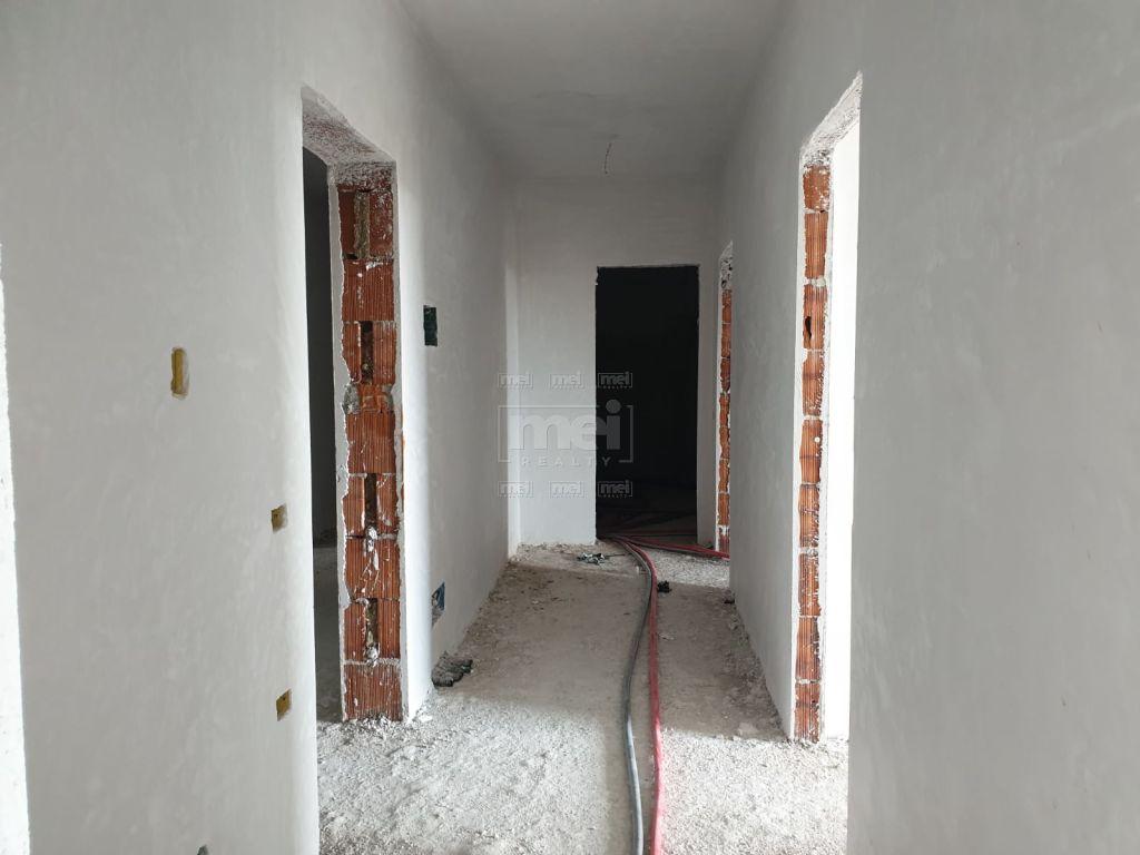 Shitet Apartamenti 2+1+2 Te Rezidenca ASL 7