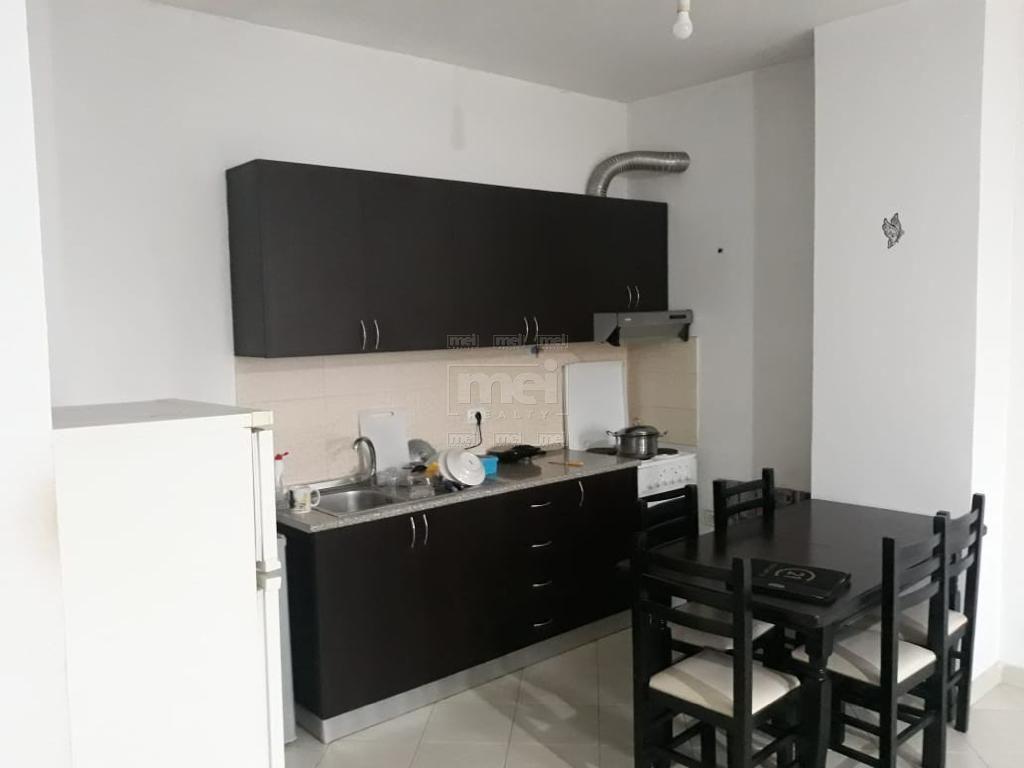 Te Kthesa E Kamzes SHitet Apartamenti 2+1