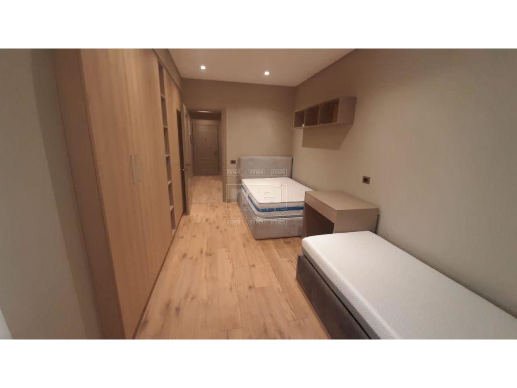 Jepet Me Qira Apartament 2+1+2 Tek Rruga e Kavajes 1