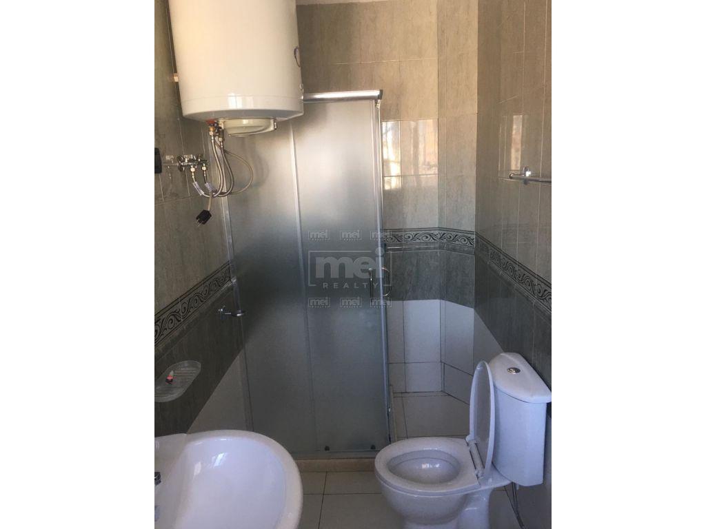 Shitet Apartament 2+1, Tek Fusha Ali Demit.