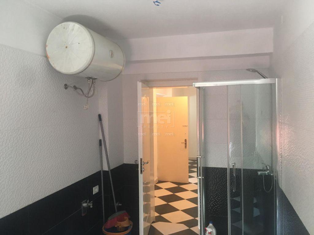 Shitet Apartament 2+1, Tek Rruga Mine Peza. 4