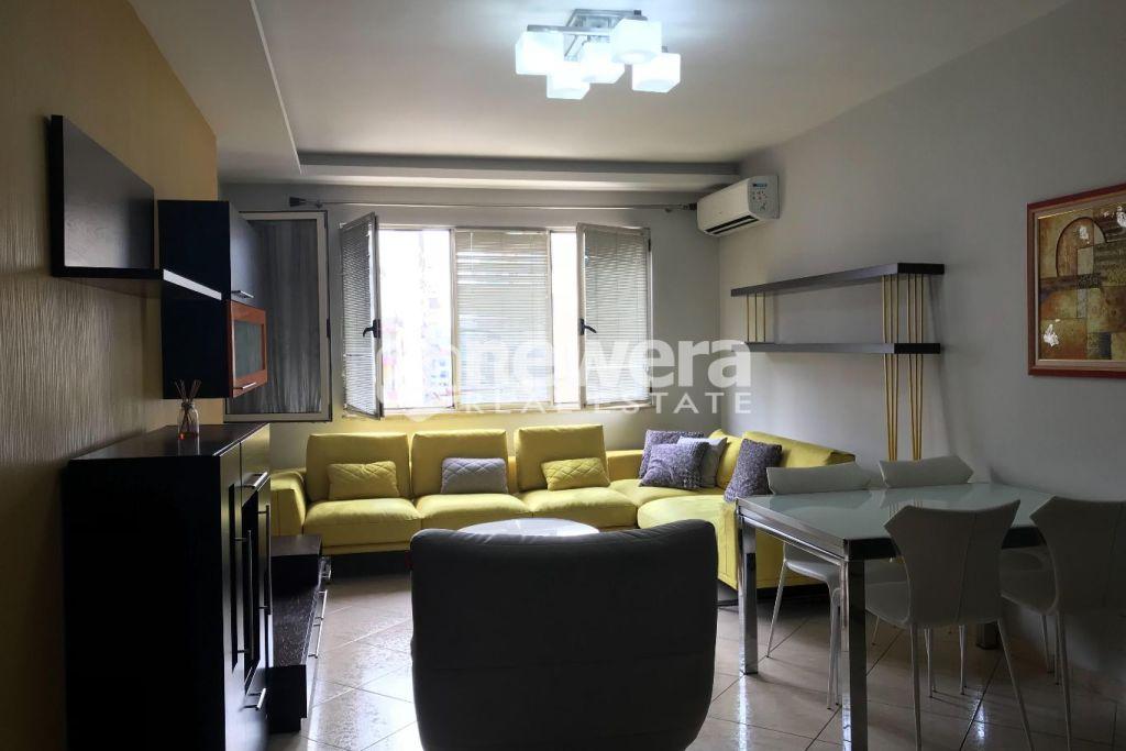 Shitet Apartament 2+1 i mobiluar në Astir