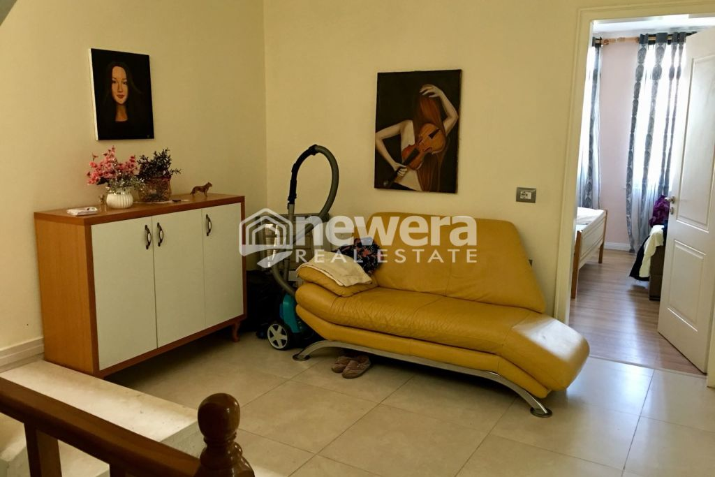 For Rent 3 Storey Villa in Lapraka (Furnished)