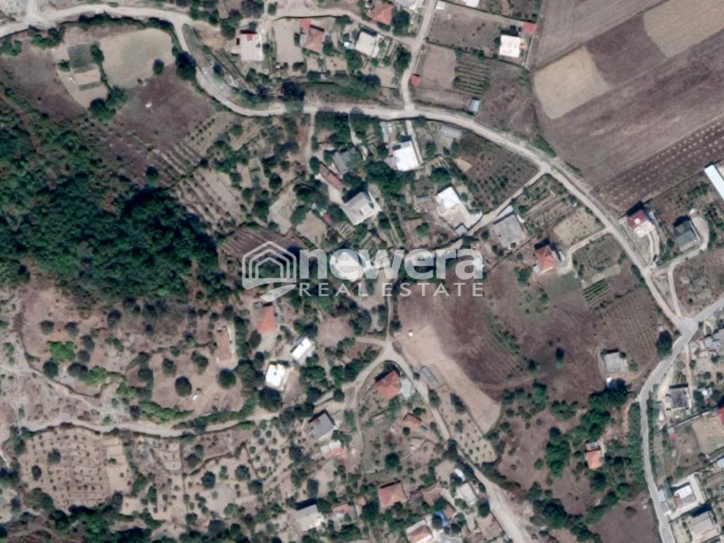 Are with Sq.340 m2 for sale in Prush