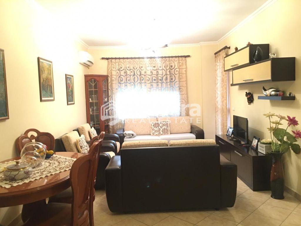 Apartament per shitje 2+1 ne Yzberisht