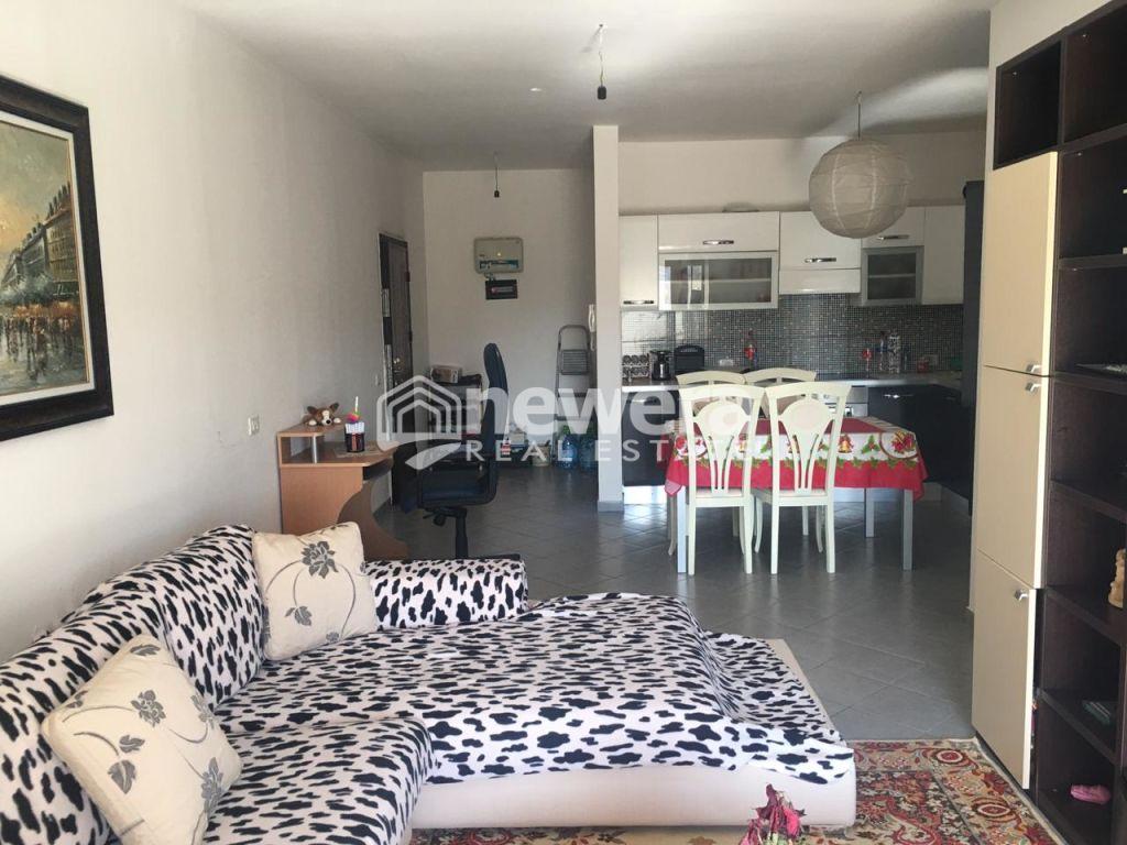 Apartament per shitje 1+1 në Unaze te Re