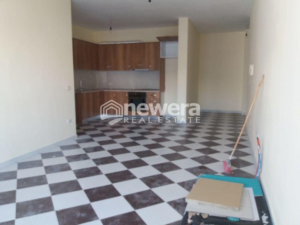 Apartament 1+1 me Qera ne Astir
