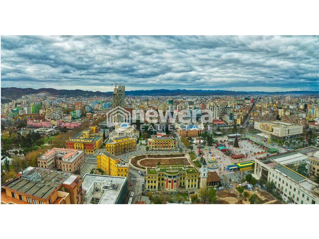 Mundesi Nderrimi (Shitje) Dyqan dhe Vile ne Qender te Tiranes