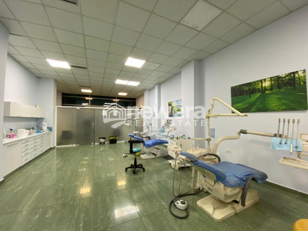 Jepet  Dyqan me Qera - Shitet dhe Biznesi Klinike Dentare
