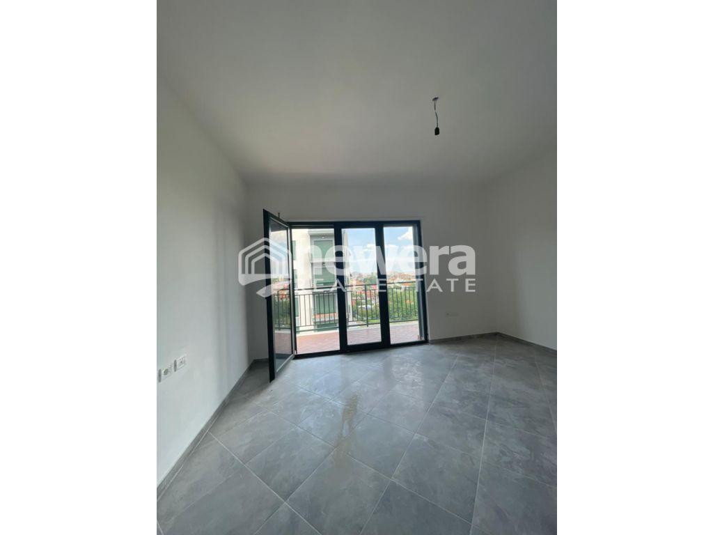 Jepet me Qera Apartament 2+1 Green City