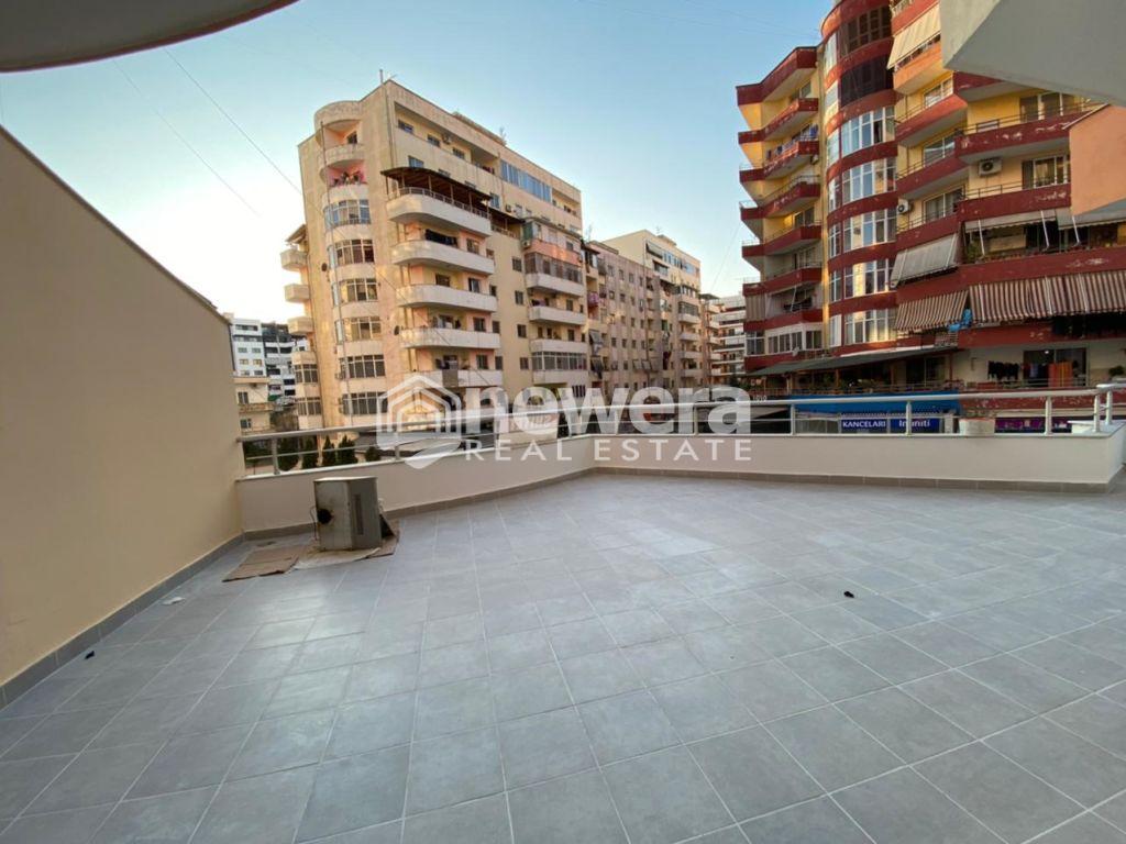 OKAZION 650Euro/m2   Apartament 2+1 Unaza e Re