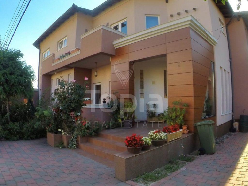 Shtëpi 385m2 në shitje në Lagjen Qëndresa-Veterrnik
