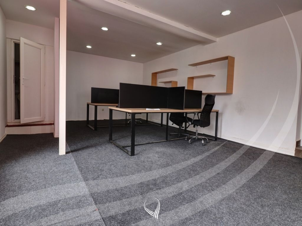 90m2 office space for rent in Aktash district