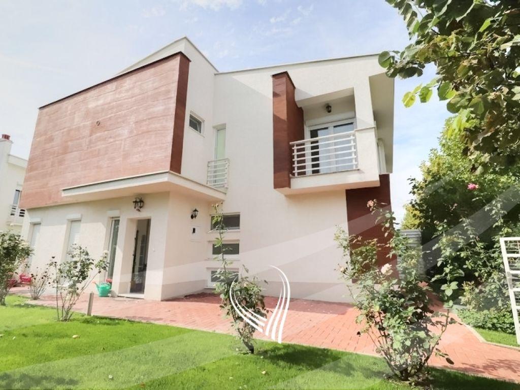 Shtëpi 180m2 në shitje në lagjen Marigona Residence