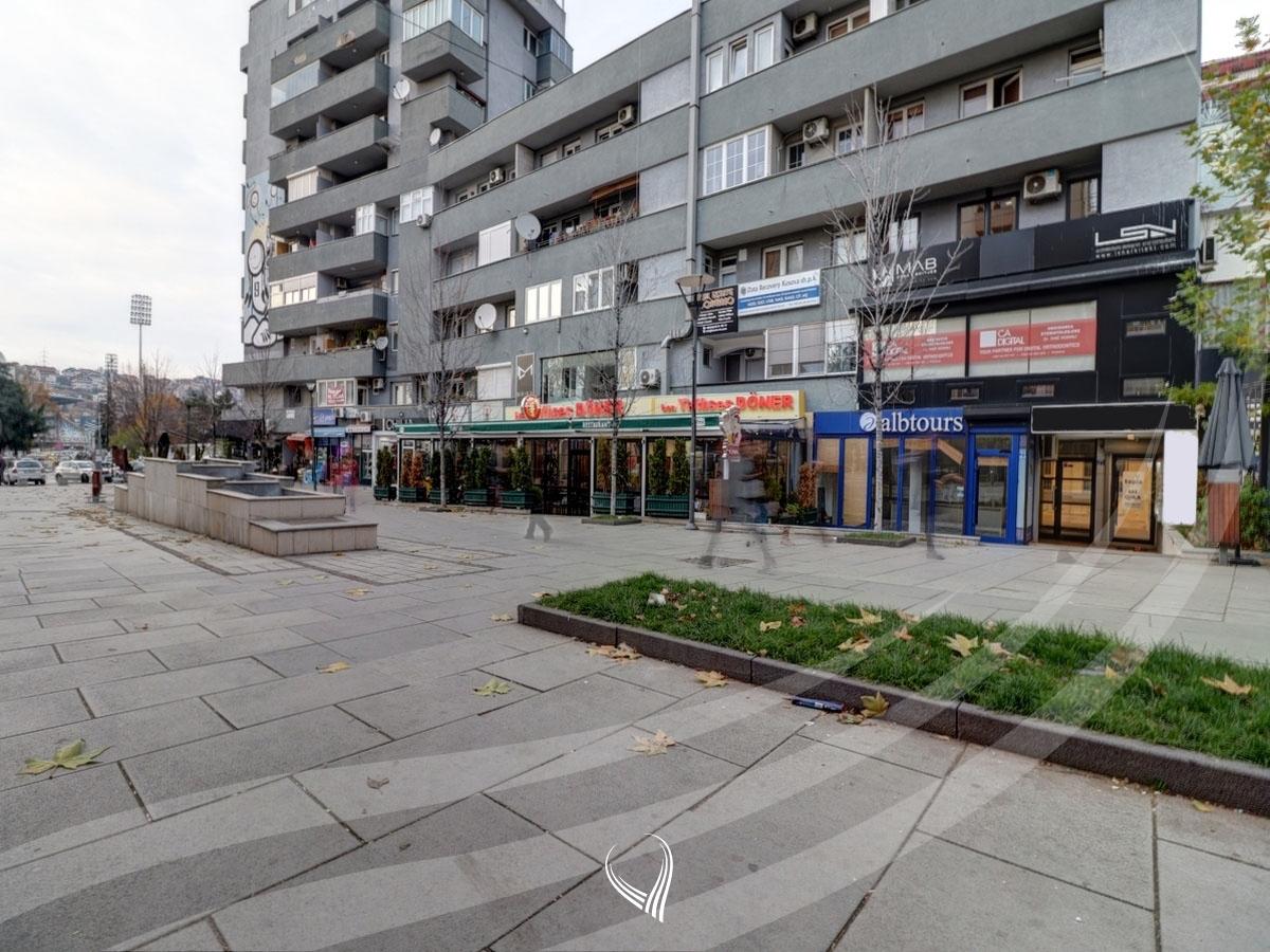 Lokal 50m2 me qira Qendër - afër Sheshit Zahir Pajaziti