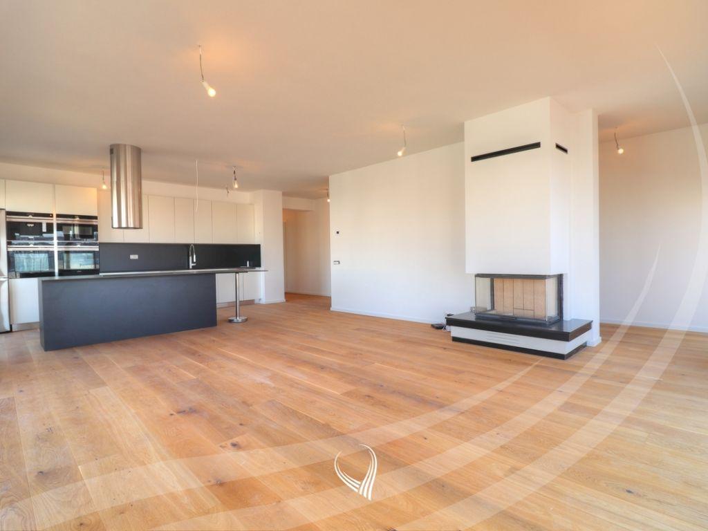 Penthouse me qira 308m2 në lagjen Pejton – Prime Group