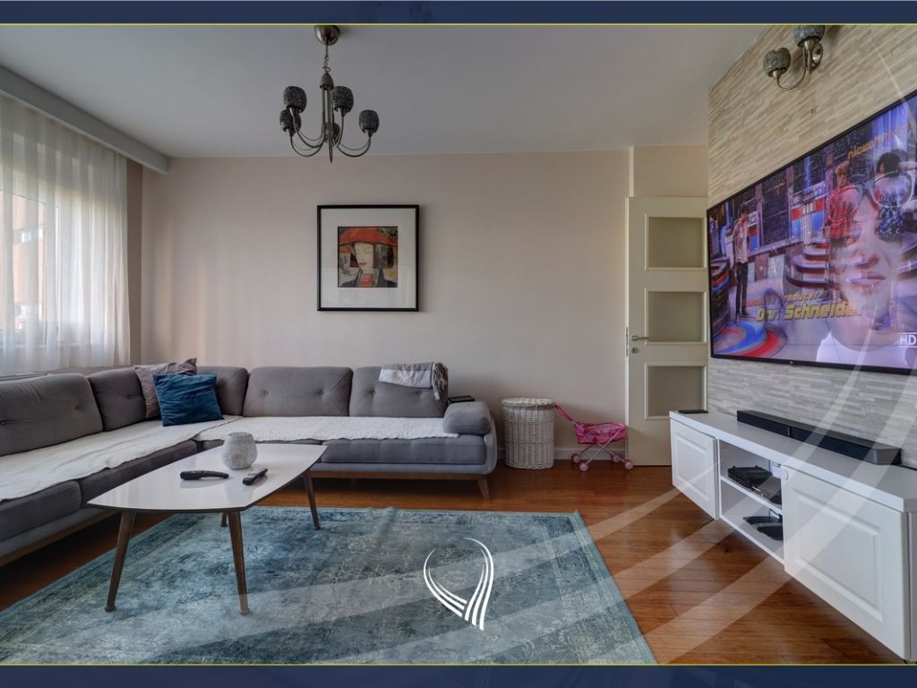 2 bedroom apartment for sale in Sunshine Coast - Ontexi