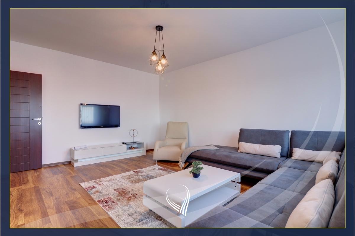 Banesë me 2 dhoma gjumi me qira në Bregun e Diellit