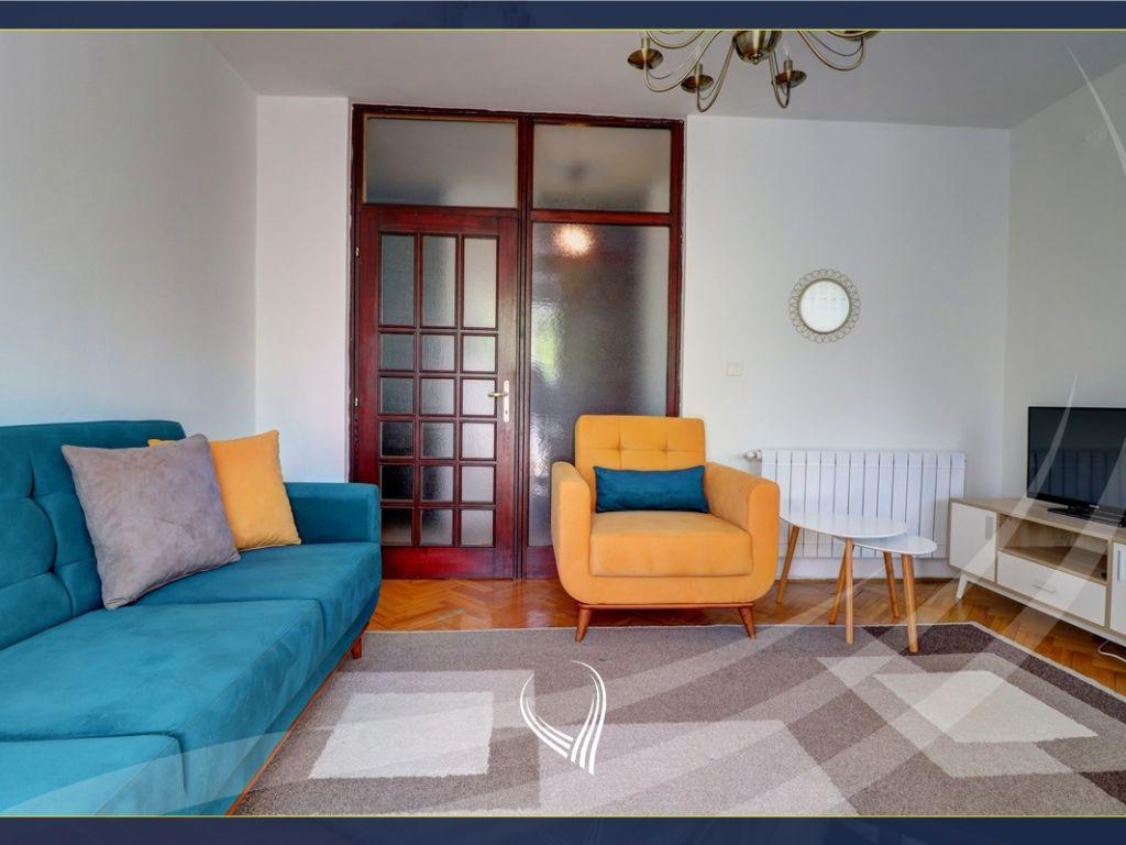 Banesë me 1 dhomë gjumi me qira në Qendër