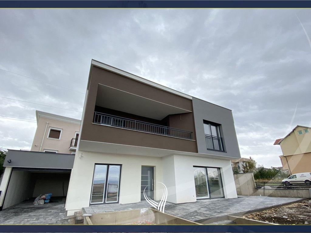 Shtëpi 240m2 në shitje në Çagllavicë– mbrapa Fortesa Home0