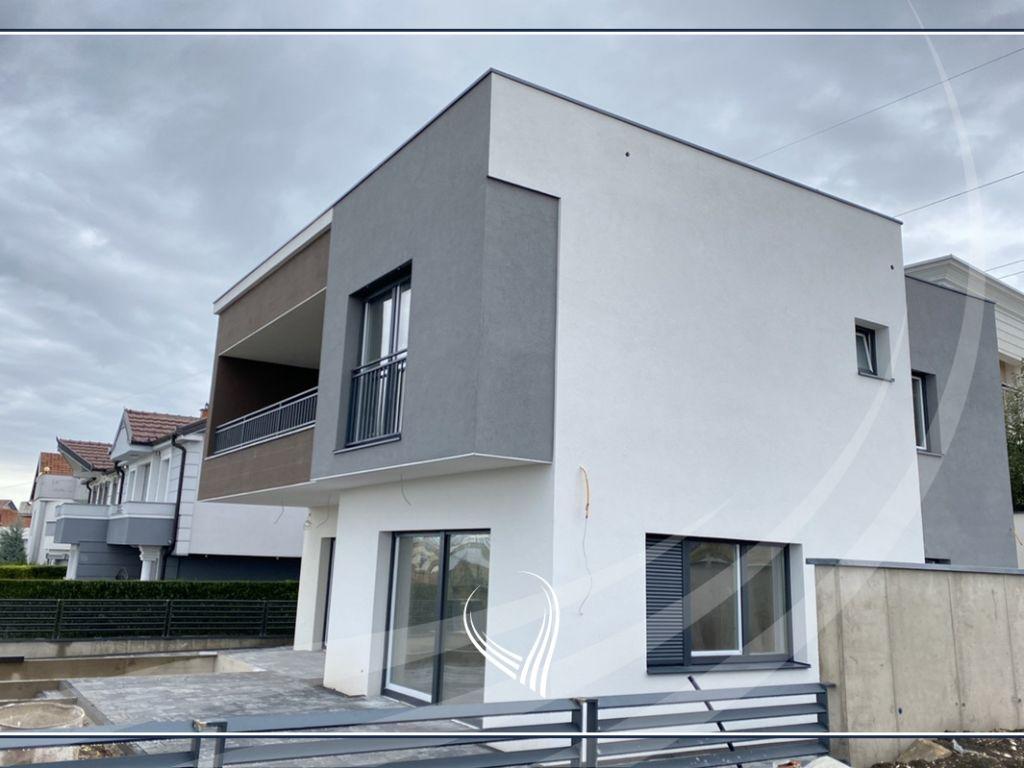 Shtëpi 240m2 në shitje në Çagllavicë– mbrapa Fortesa Home4