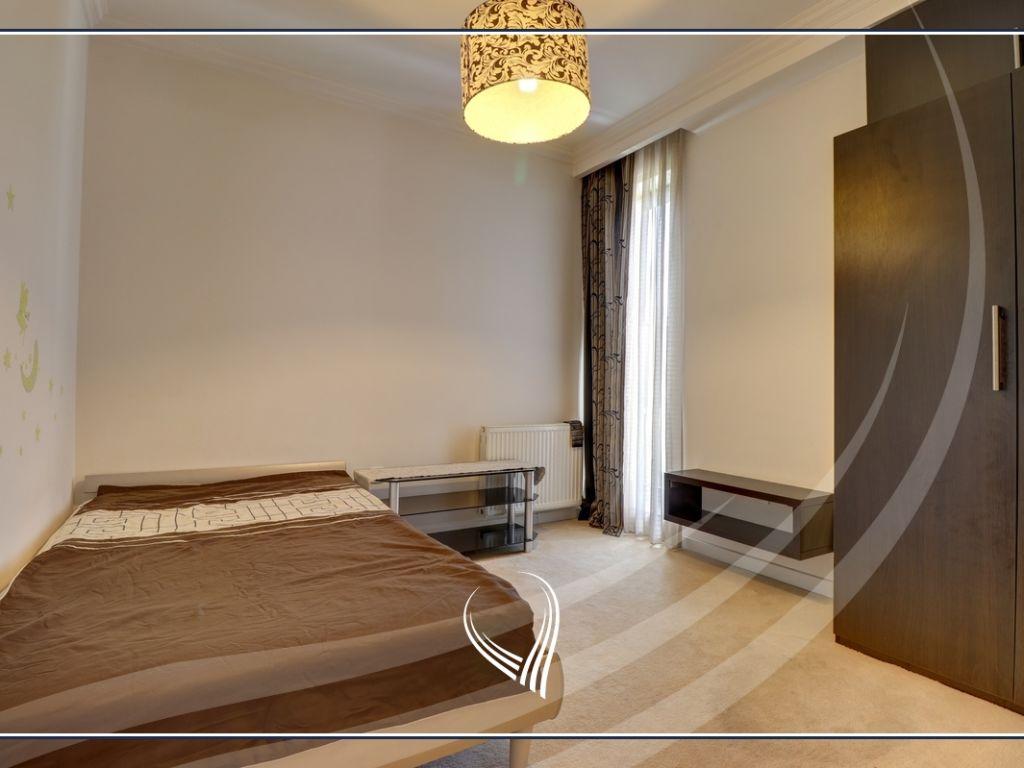 Shtëpi me 3 dhoma gjumi me qira në lagjen Marigona Residence7