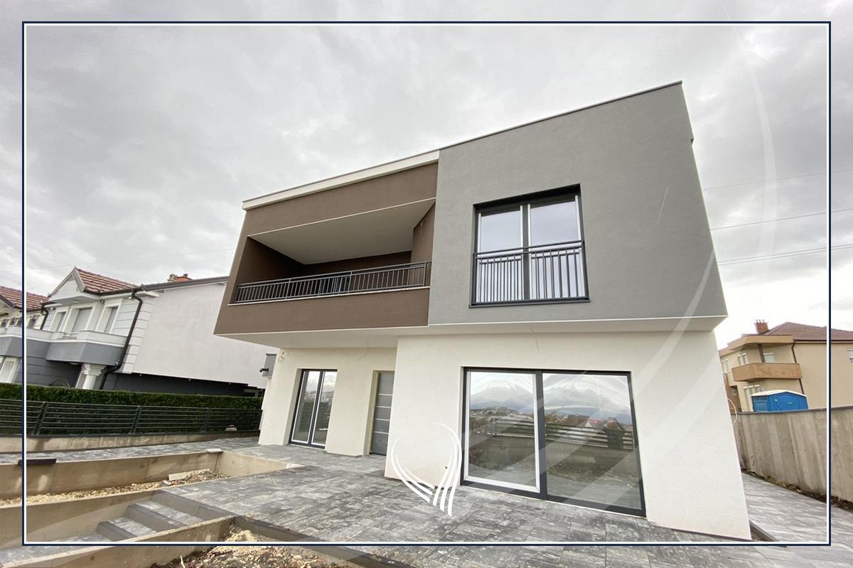 Shtëpi 240m2 në shitje në Çagllavicë– mbrapa Fortesa Home1