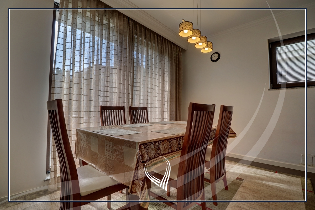 Shtëpi me 3 dhoma gjumi me qira në lagjen Marigona Residence4