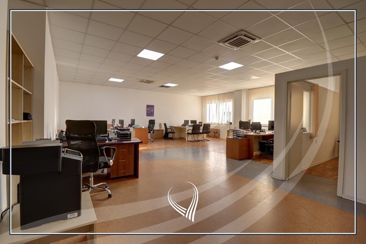 Hapësirë afariste për zyre 700m2 me qira Te Lesna – Fushë Kosovë3