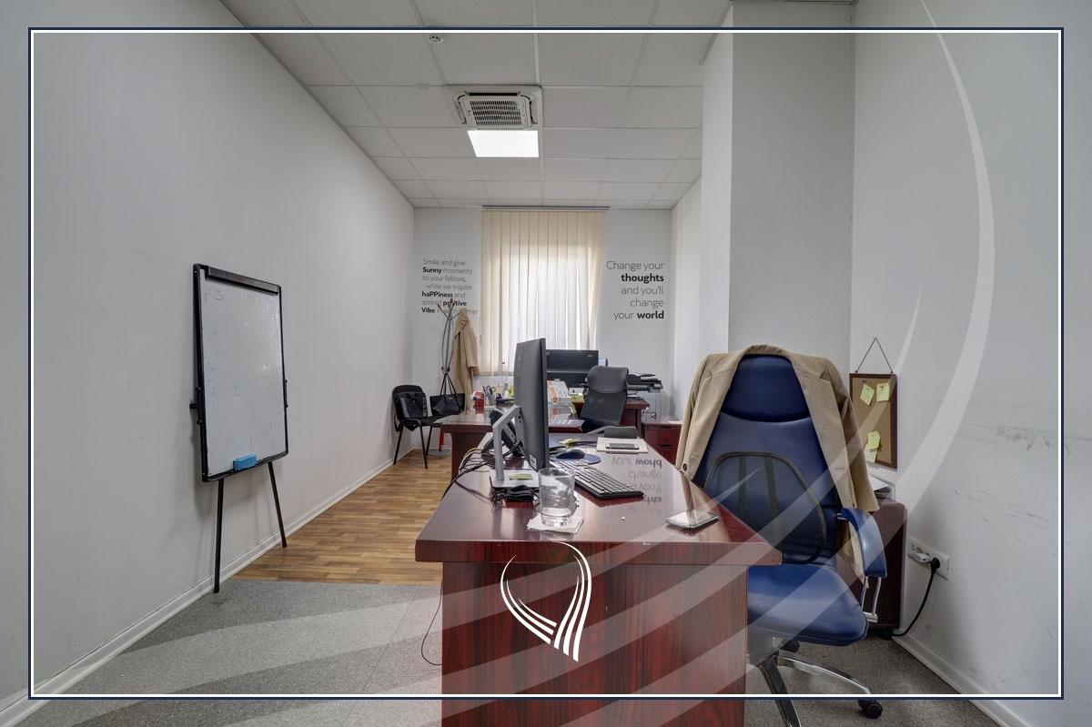 Hapësirë afariste për zyre 700m2 me qira Te Lesna – Fushë Kosovë8