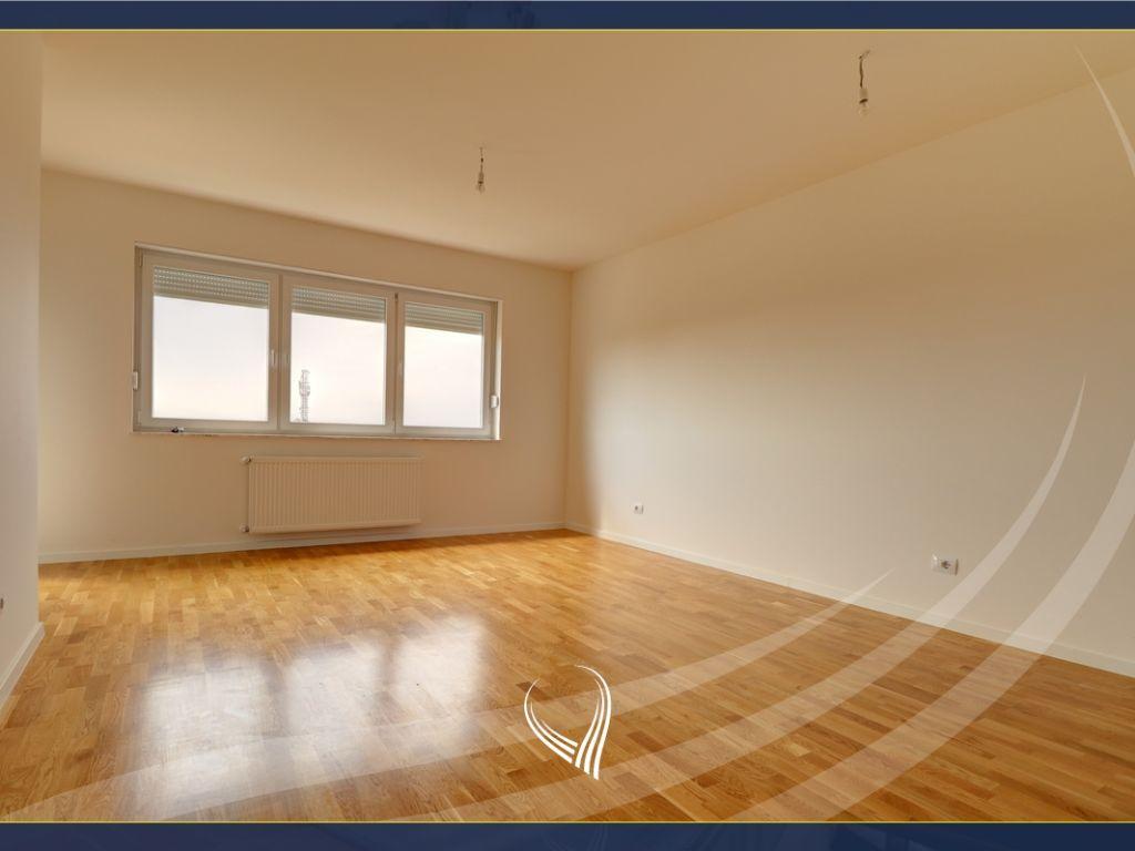 Zyre me 2 dhoma pune me qira në lagjen Kalabria - Emshir