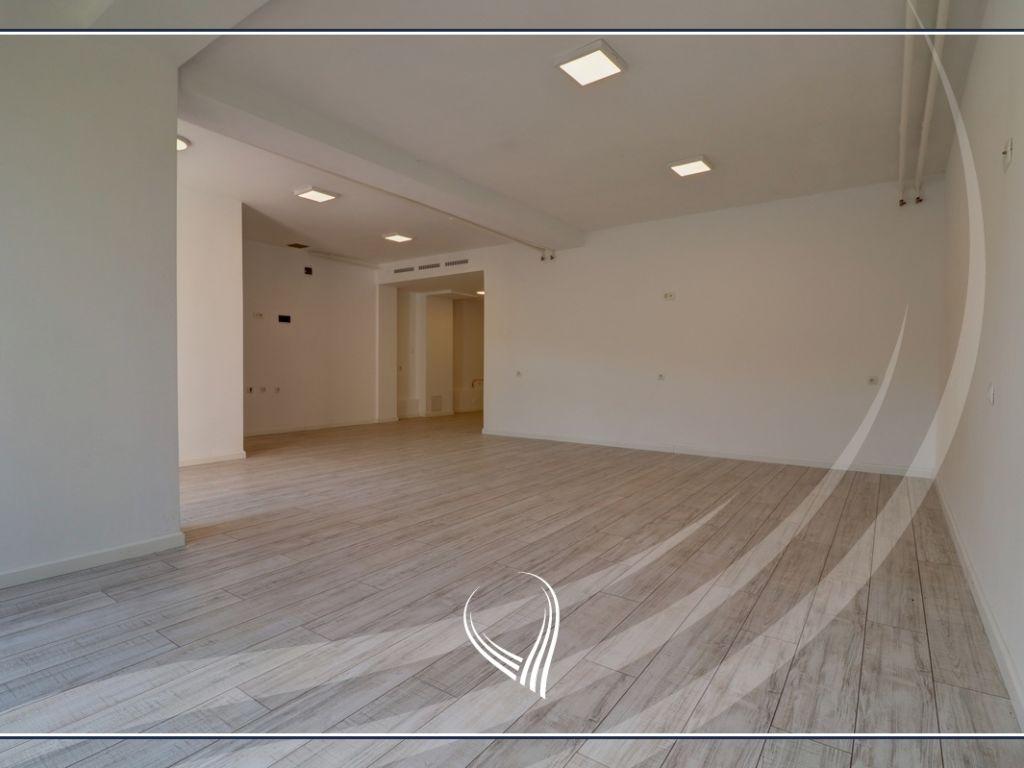 Zyre me 1 dhomë pune me qira në Qendër1