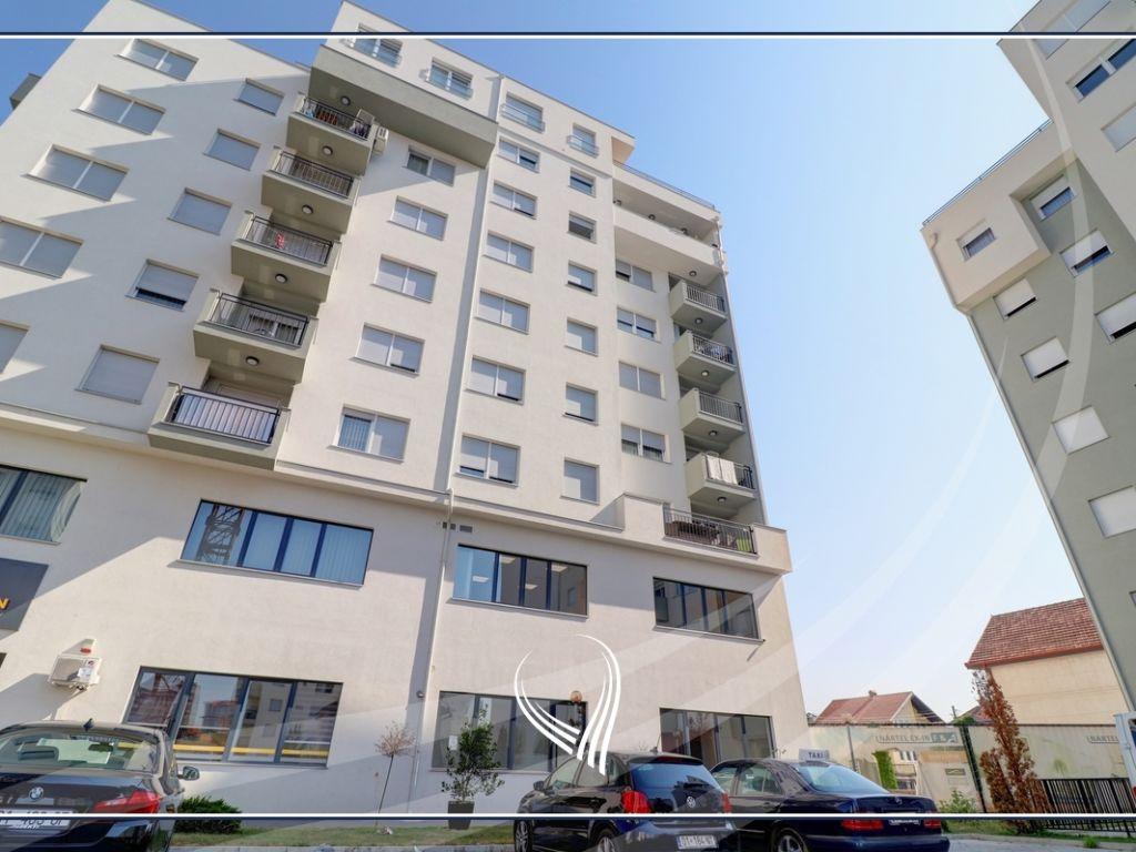 Lokal 98m2 në shitje në lagjen Kalabria6