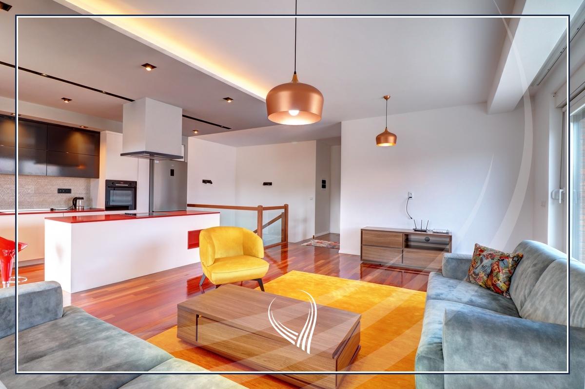Duplex – Penthouse  me 3 dhoma gjumi me qira në lagjen Dodona