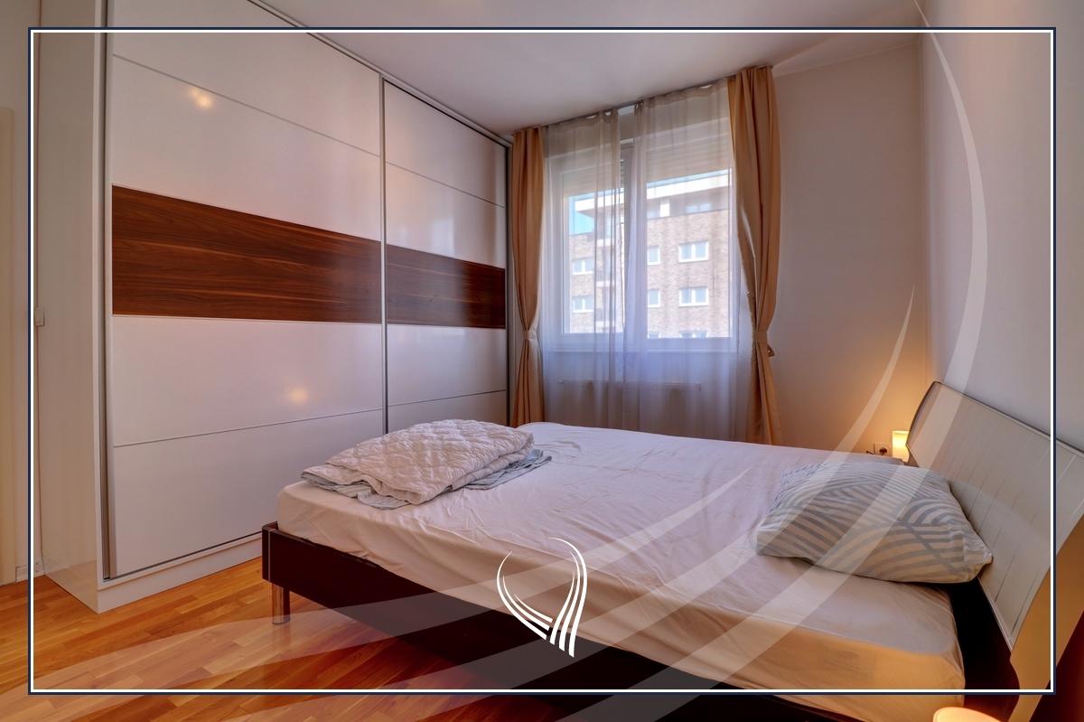 Banesë me 2 dhoma gjumi në shitje në lagjen Aktash5