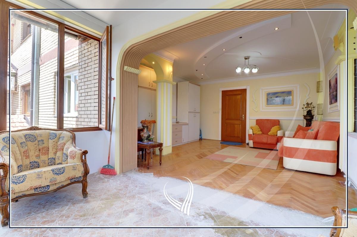 Shtëpi 151m2 në shitje ne lagjen Bregu i Diellit - Lagjja e Universitetit4