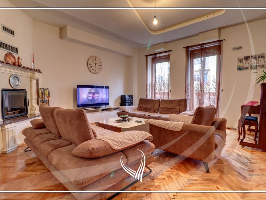 5 bedroom apartment for sale in Center